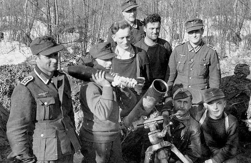 12 cm GrW 42 - Granatwerfer 42...